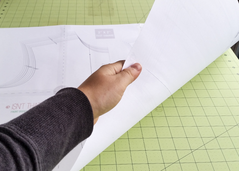How to print and assemble a PDF Pattern | www.isntthatsew.org